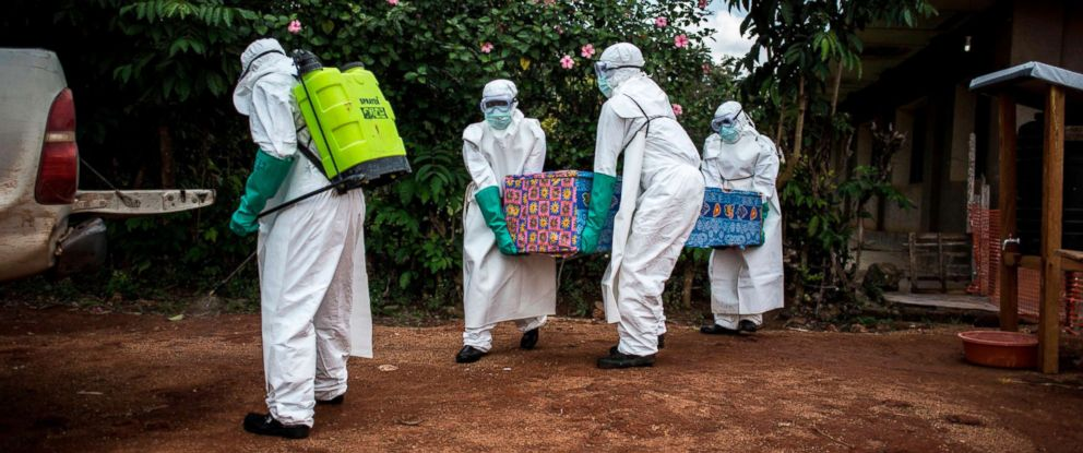 PHOTO: Health workers carry out the body of a patient with unconfirmed Ebola virus, Aug. 22, 2018, in Mangina, Democratic Republic of the Congo.