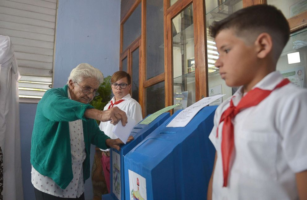PHOTO: A woman casts her vote at a polling station in Santa Clara, Cuba, during an election to ratify a new National Assembly, March 11, 2018.