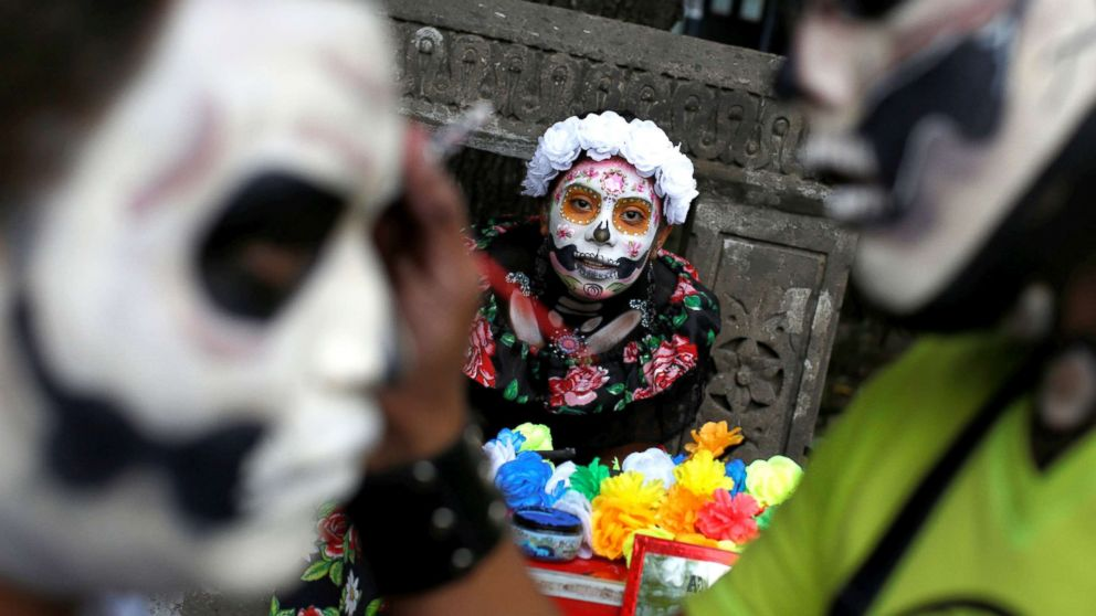 Day Of The Dead Parade In Mexico Features Painted La Catrina Faces