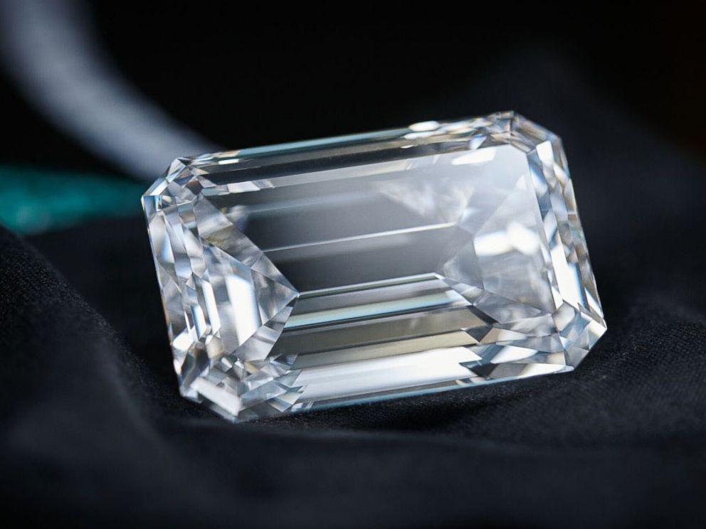 Carat Emerald Cut Diamond Ring
