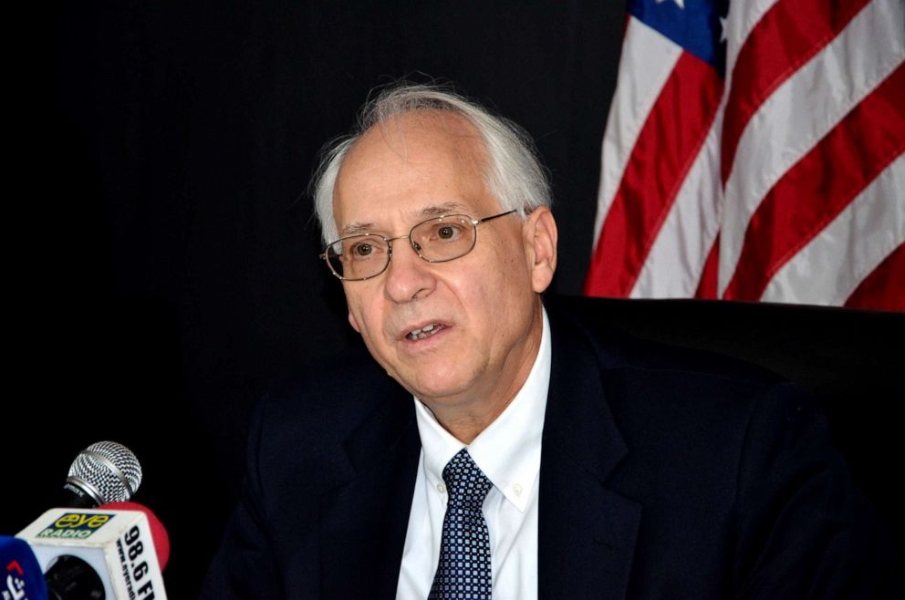 PHOTO: U.S. special envoy to South Sudan Donald Booth speaks during a media conference over the peace negotiations, in Juba, South Sudan, July 31, 2015.