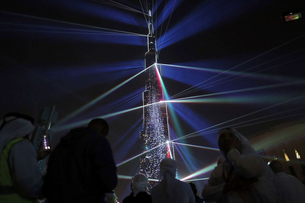 PHOTO: The Burj Khalifa lit up ready to usher in the New year during New Years celebrations in Dubai, United Arab Emirates, Dec. 31, 2017.