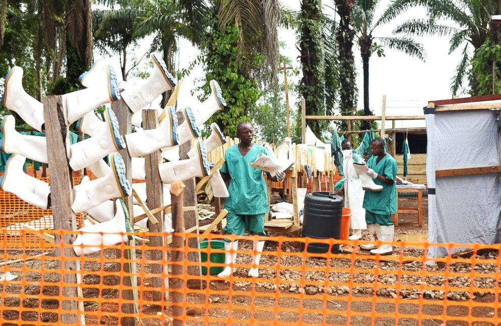 Congolese doctor infected with Ebola in zone surrounded by militia