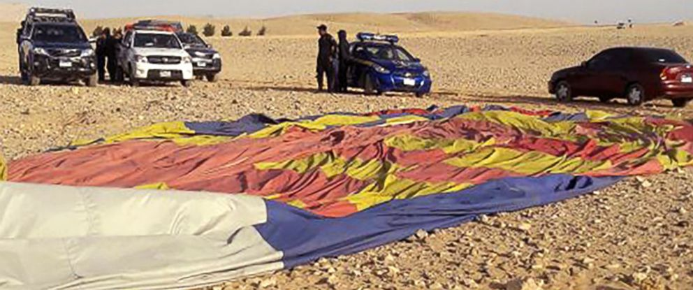 PHOTO: The remains of a hot air balloon near the ancient city of Luxor after a fatal crash on Jan. 5, 2018.