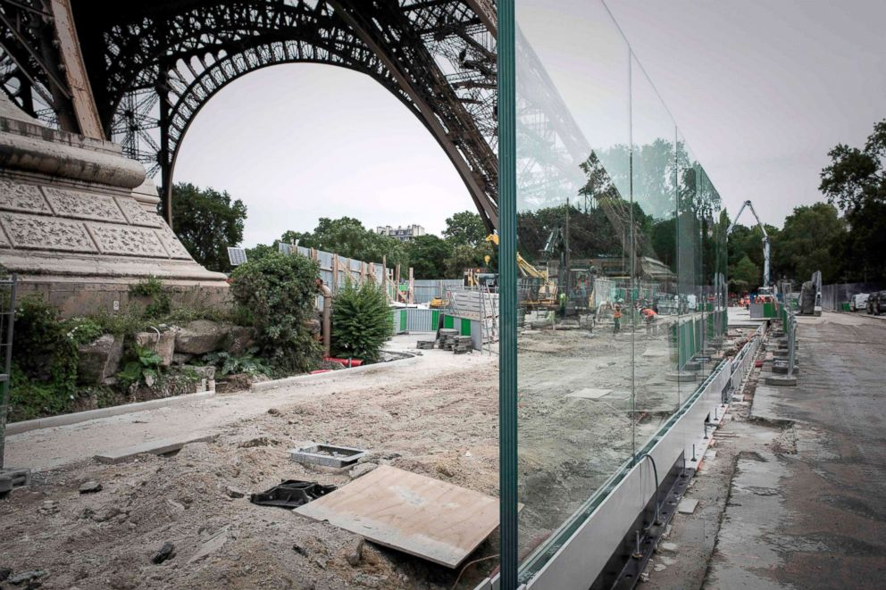 PHOTO: A bulletproof glass wall is to be set around the Eiffel tower as an anti-terrorism measure, June 14, 2018, in Paris.