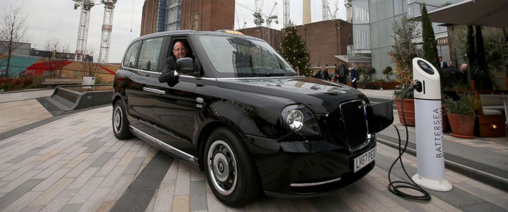 London S Iconic Black Cabs Go Electric