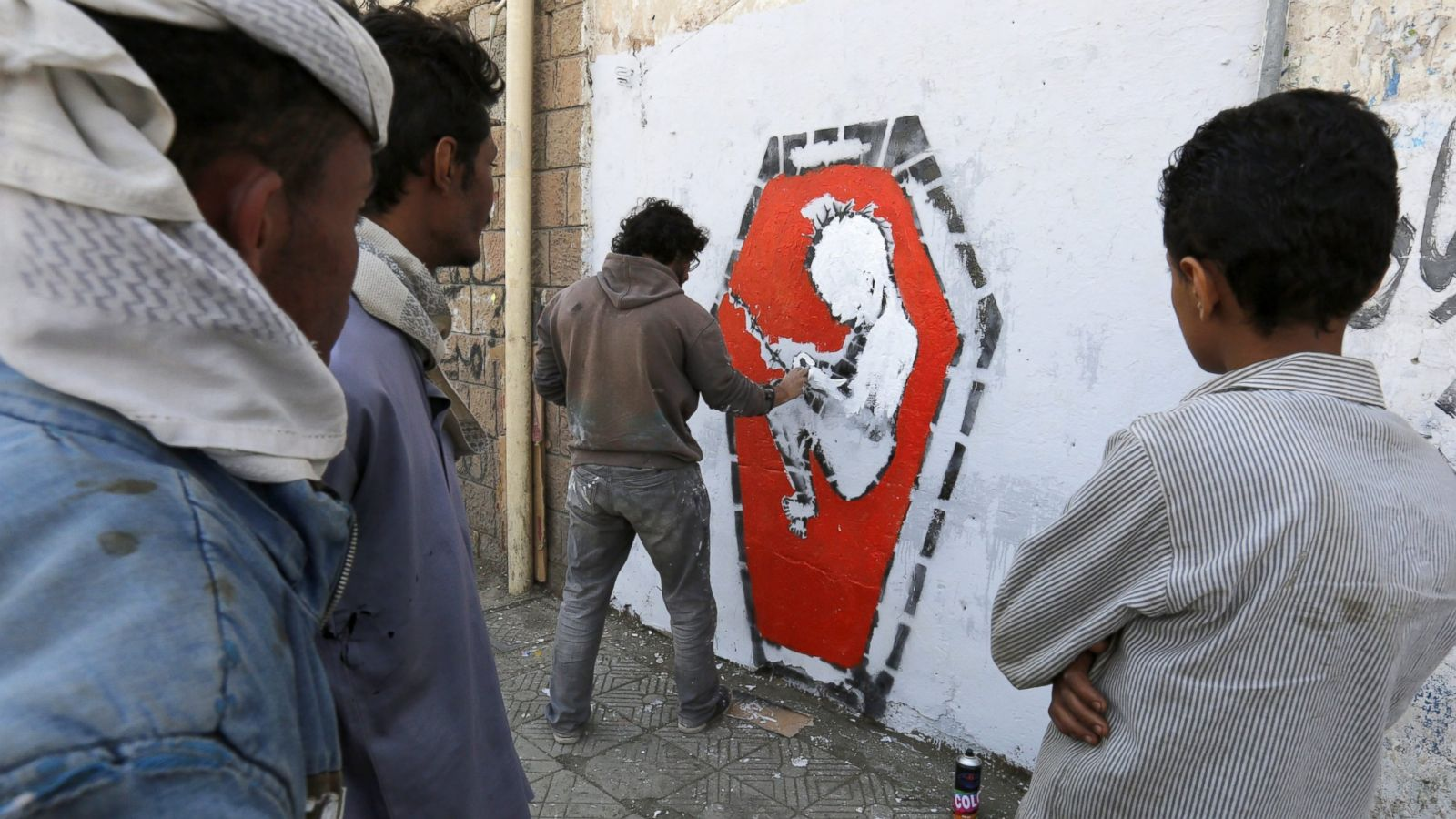 Graffiti artist portrays the horrors of war in yemen abc news