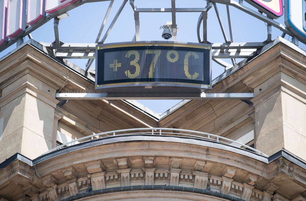 PHOTO: A sign shows 37 Celsius, more than 98 Fahrenheit, at a building in the city of Stuttgart, Germany, Wednesday, June 26, 2019.