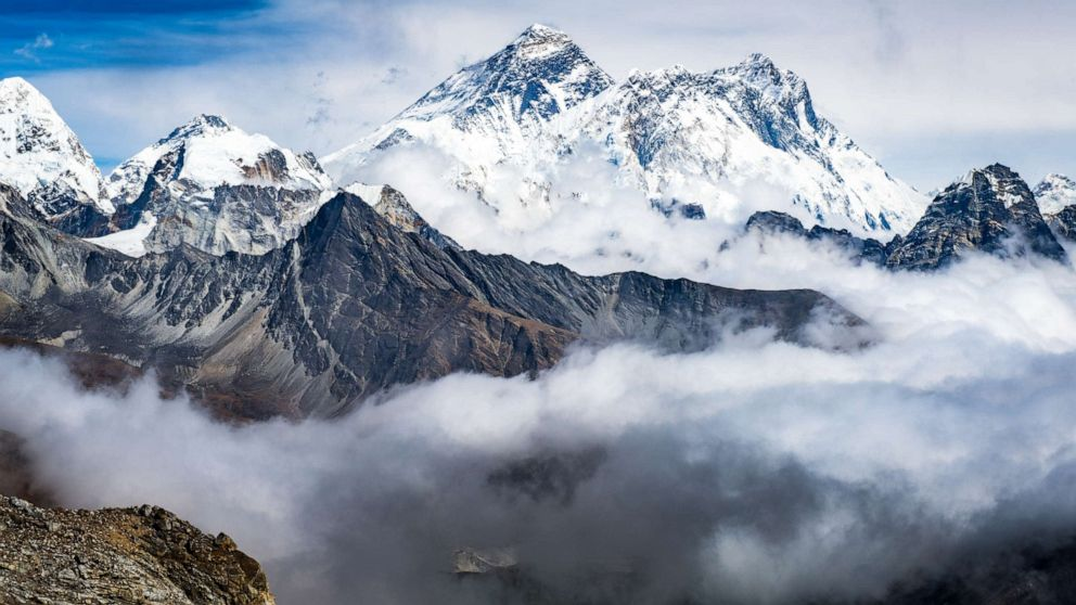 PHOTO: Everest the highest mountains in the world.