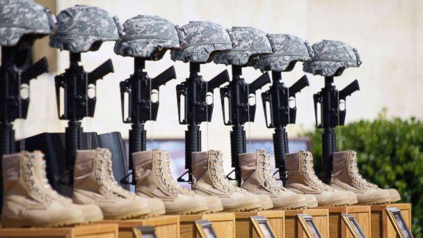 https://s.abcnews.com/images/International/fort-hood-shooting-memorial-ap-rc-181018_hpMain_16x9_608.jpg