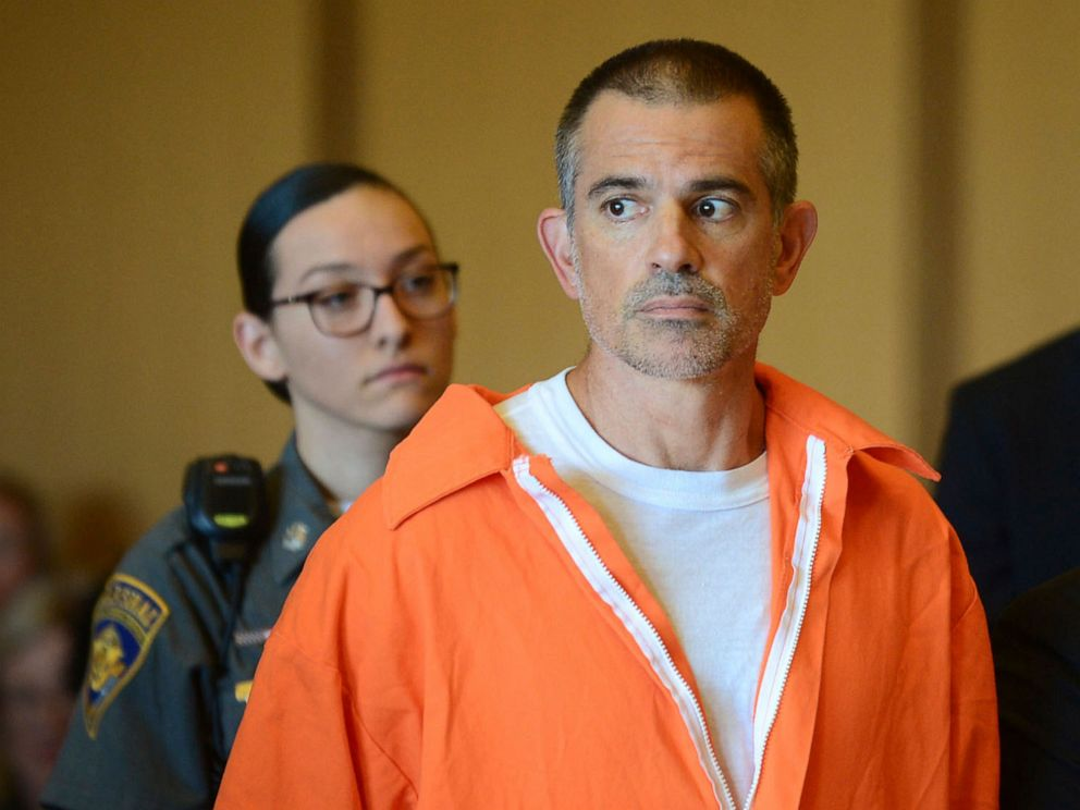PHOTO:Fotis Dulos stands during a hearing at Stamford Superior Court, June 11, 2019 in Stamford, Conn.
