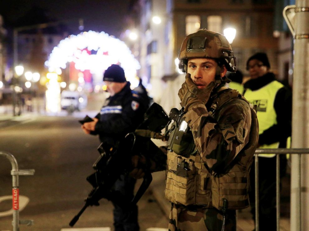 PHOTO: Scuffers rs  a Ulitsa and the surrounding   a Shootings in Strausburg, FRANCE, Dec. 11, 2018.