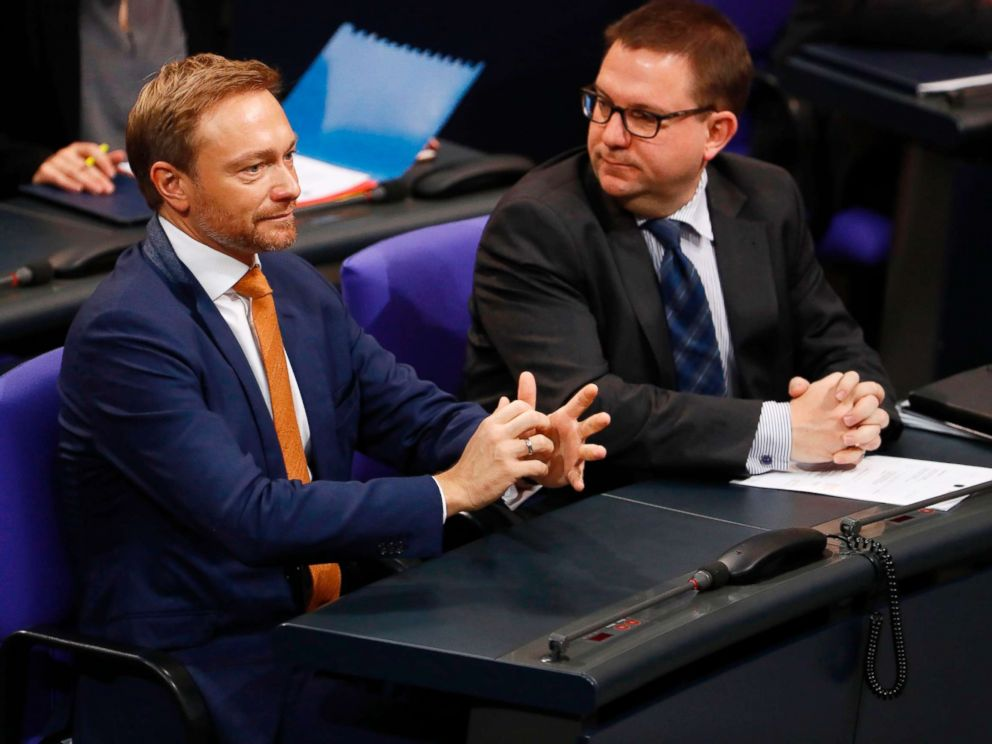 PHOTO: The leader of the Free democratic FDP party Christian Lindner (L) looks on during a session at the Bundestag lower house of Parliament, Nov. 21, 2017 in Berlin.