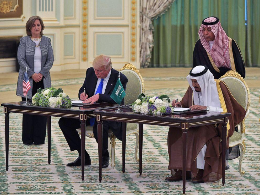 PHOTO: President Donald Trump and Saudi Arabias King Salman bin Abdulaziz al-Saud take part in a signing ceremony at the Saudi Royal Court in Riyadh, May 20, 2017.