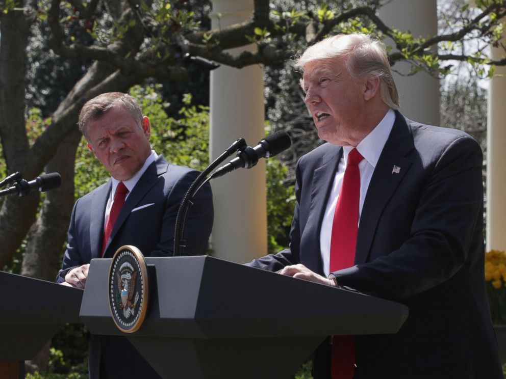 PHOTO: President Donald Trump and King Abdullah II of Jordan participate in a joint news conference at the Rose Garden of the White House April 5, 2017 in Washington.