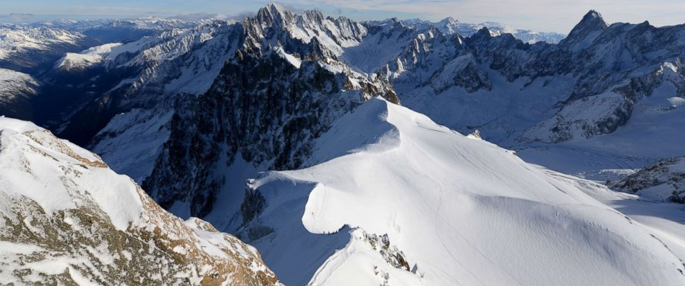 PHOTO: A picture taken shows the French Alps on Dec. 23, 2013.