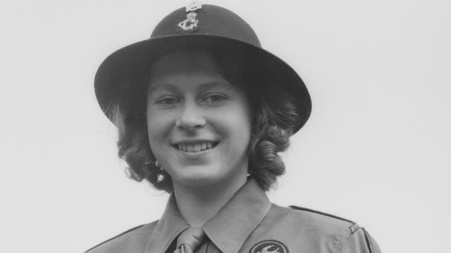 PHOTO: Princess Elizabeth poses in her girl guide uniform in Frogmore, Windsor, England, April 11, 1942.