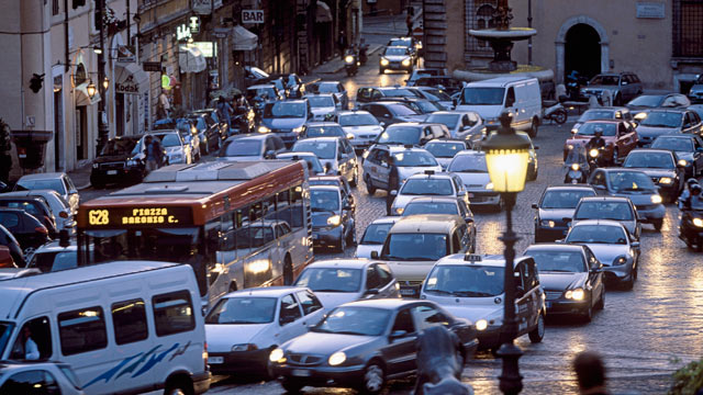 PHOTO: The air quality was so bad in Rome Italy that officials banned all cars and motorcycles from the city for the next two days unless the driver is headed for a wedding or a funeral, Dec. 1, 2011.