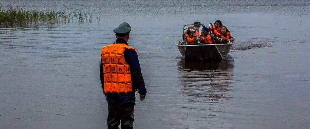 15 Children Drown in Russian Lake After Boating Accident - ABC News