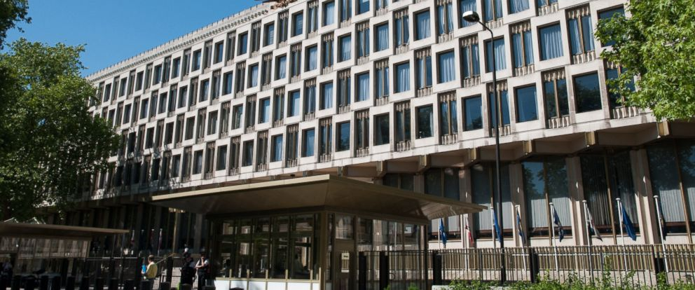 PHOTO: The United States Embassy in London, England.