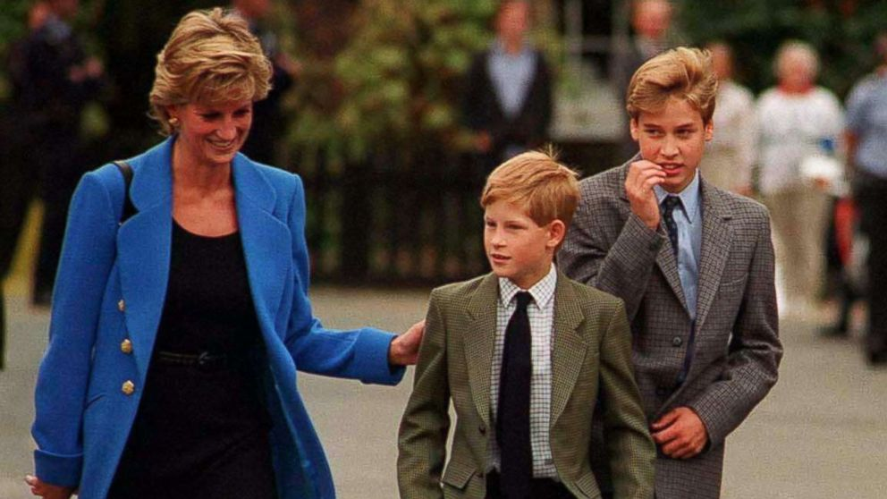 Prince William arrives with Diana, Princess of Wales and Prince Harry for his first day at Eton College on September 16, 1995 in Windsor, England.