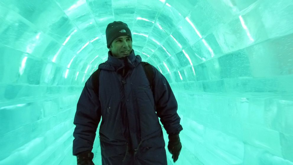 PHOTO: Bob Woodruff walks inside an ice tunnel at the Harbin International Ice and Snow Festival.