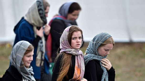 New Zealanders wear headscarves in display of solidarity after mosque attacks