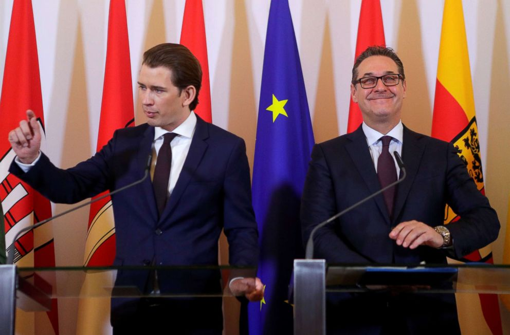 PHOTO: Austrias Chancellor Sebastian Kurz and Vice Chancellor Heinz-Christian Strache address the media after a cabinet meeting in Vienna, April 4, 2018.