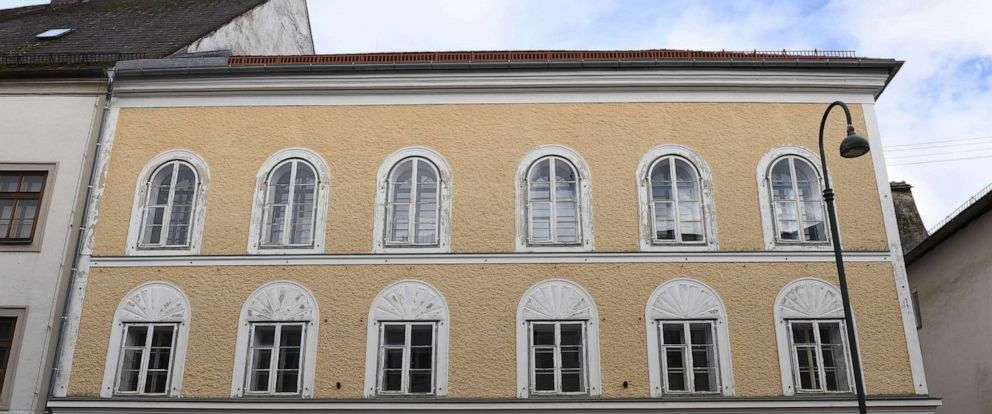 PHOTO: Adolf Hitlers birth house in Braunau Am Inn, Austria is shown in this March 12, 2018, file photo.