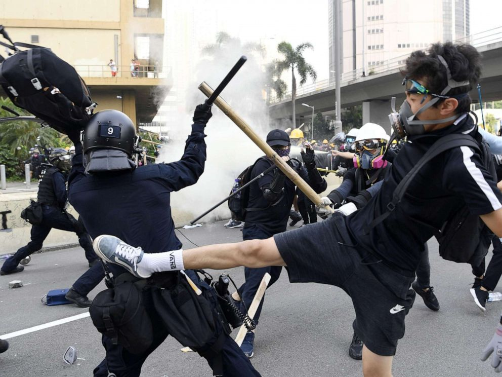 PHOTO: Police and protesters clash in Hong Kongs Kowloon area on Aug. 24, 2019.