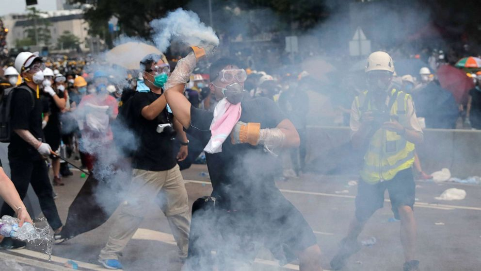Hong Kong protesters tear-gassed by police as tensions spiral over extradition bill thumbnail