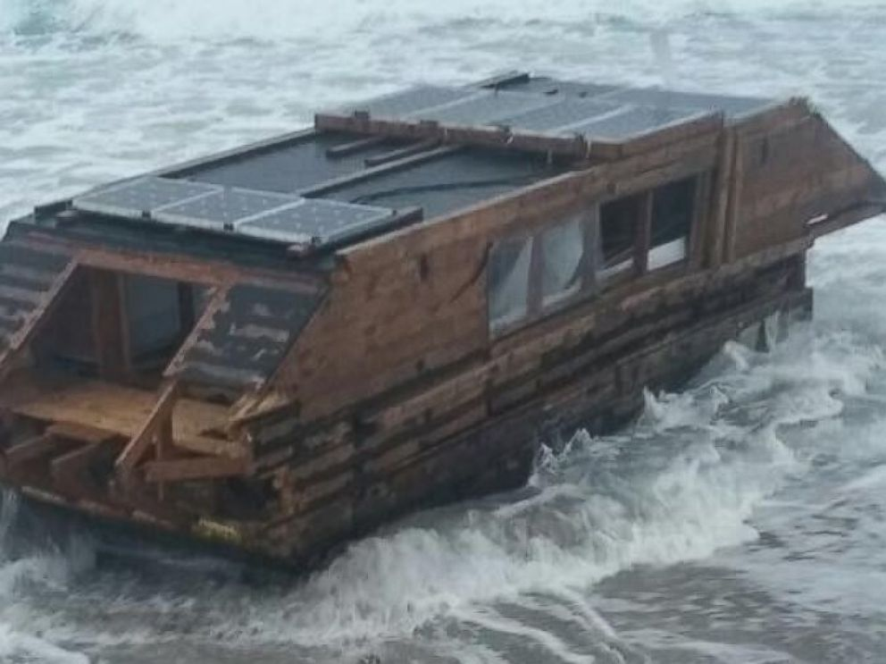PHOTO: A houseboat, which appeared to be from Canada, mysteriously washed ashore in Ireland on Nov. 13, 2016, according to the Ballyglass Coast Guard Unit.