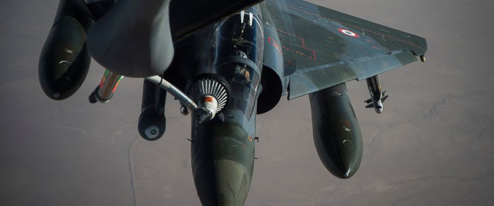 PHOTO: A French Air Force Mirage 2000 receives fuel from a KC-135 Stratotanker, assigned to the 340th Expeditionary Air Refueling Squadron, over Iraq, June 15, 2016.