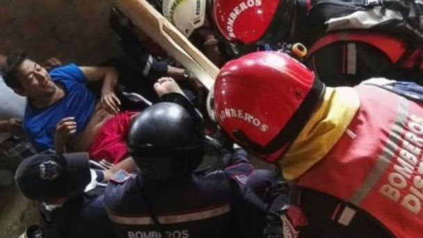 Rescuers Pull 72-Year-Old Man From Rubble 13 Days After Ecuador Earthquake