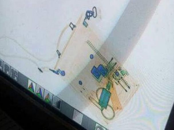 PHOTO: The Egyptian Interior Ministry released this photo of what it says is the EgyptAir hijackers bag in an x-ray machine.