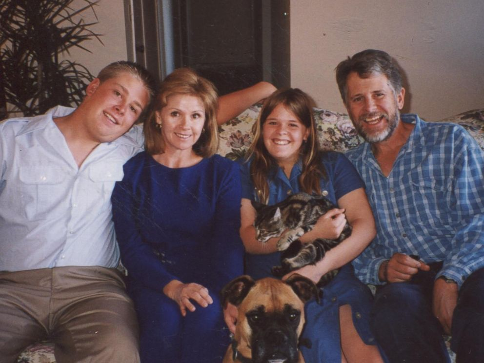 PHOTO: Kayla Muellers family from left to right: brother Eric, mother Marsha, Kayla, father Carl.