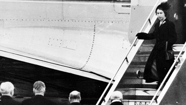 PHOTO: Britain's Queen Elizabeth II steps down from her plane, for the first time as sovereign, at London Airport, on Feb. 7, 1952, after cutting short her official trip to Kenya on the death of her father King George VI.
