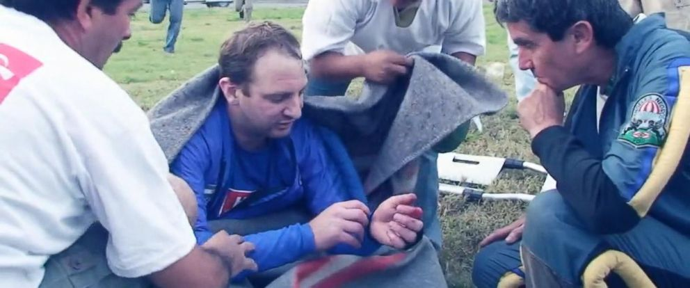 PHOTO:Fernando Gava, an experienced skydiver, dangled from an airplane for 30 minutes in Lima, Peru before freeing himself by using a hook knife.