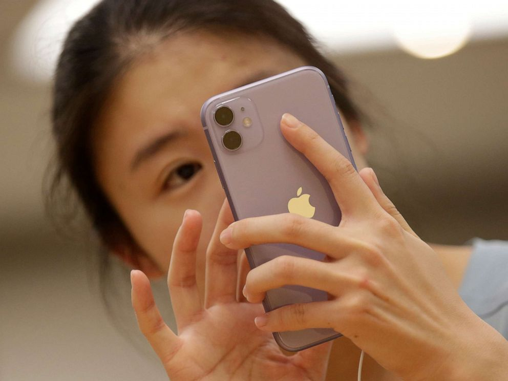 IPhone scam costs Apple more than $6 million