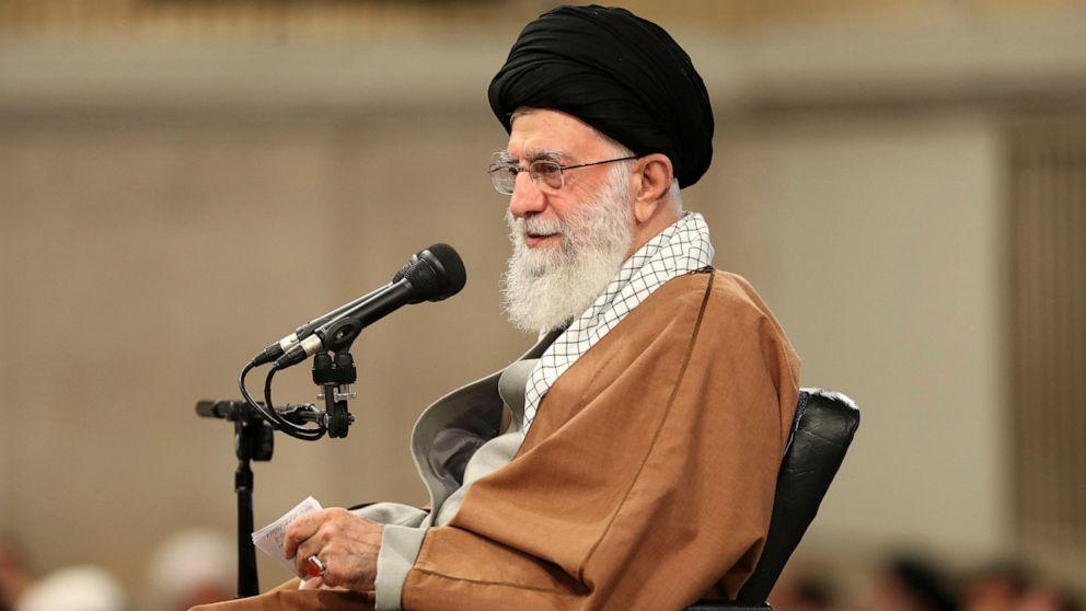 イランの最高のリーダーをのせた抗議行動は燃料コスト