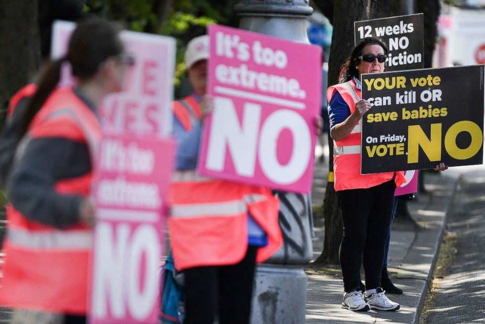PHOTO: Members of the public hold no placards as the country heads to the polls, May 25, 2018 in Dublin, Ireland.