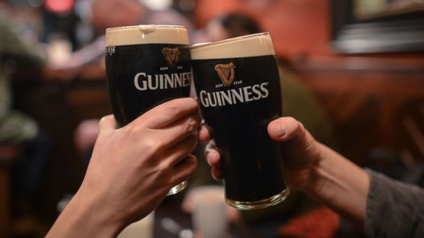 Irish pubs to sell alcohol on Good Friday for 1st time since 1927