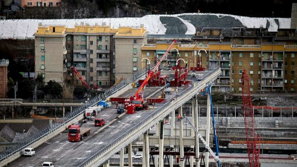Section of Italy's collapsed Genoa bridge being removed