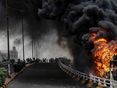 Post-election riots in Indonesia leave 6 dead, hundreds injured