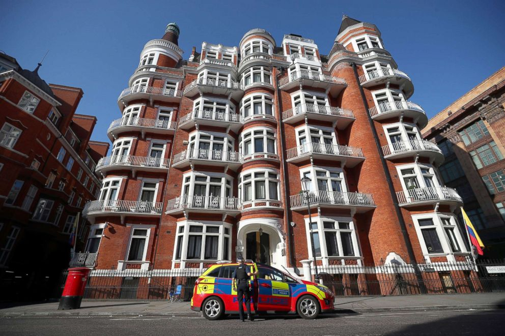 PHOTO: A police officer parks their car outside the Ecuadorian embassy, where Julian Assange remains inside, in central London, July 23, 2018.