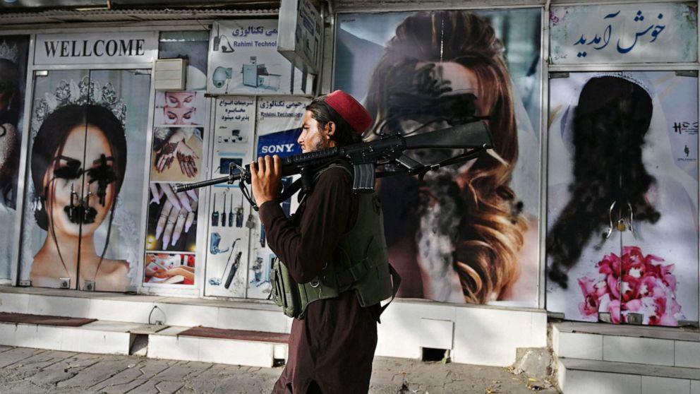 Memories of Taliban rule strike fear, uncertainty in Afghan women