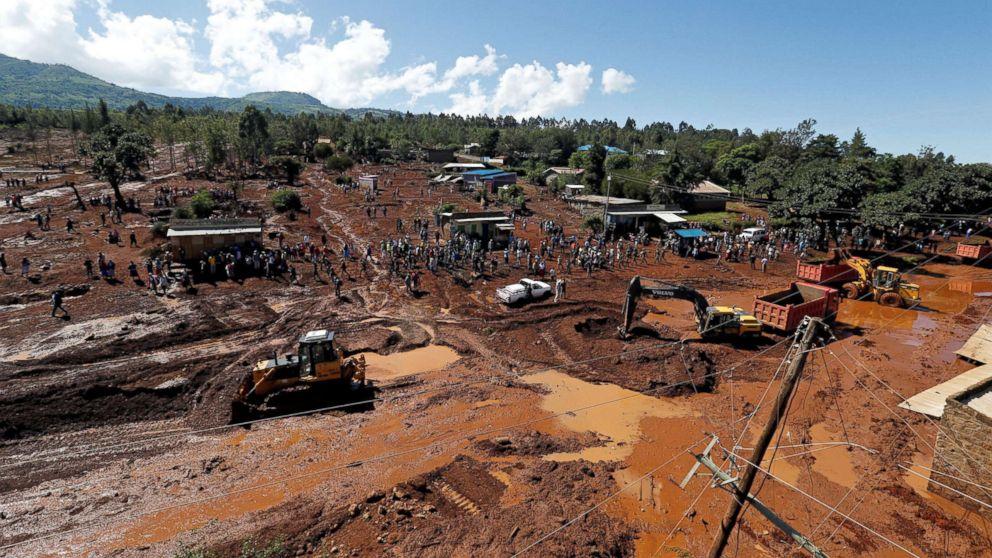 Burst dam kills dozens and displaces hundreds