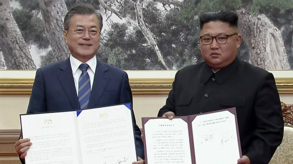 https://s.abcnews.com/images/International/kim-moon-agreement-ap-mo-20180919_hpMain_16x9_992.jpg