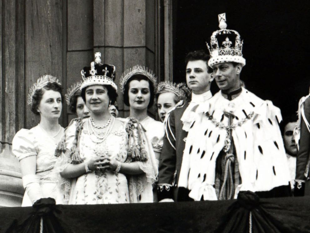 PHOTO: Britains Queen Elizabeth and King George VI are seen on the balcony of Londons Buckingham Palace, following their coronation on May 12, 1937.