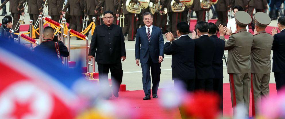 PHOTO: North Korean leader Kim Jong Un welcomes South Korean president Moon Jae-in and at North Korean citizens at Sunan International Airport, Pyongyang North Korea. Sep 18, 2018.